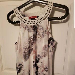 White sleeveless blouse w studded detailed collar